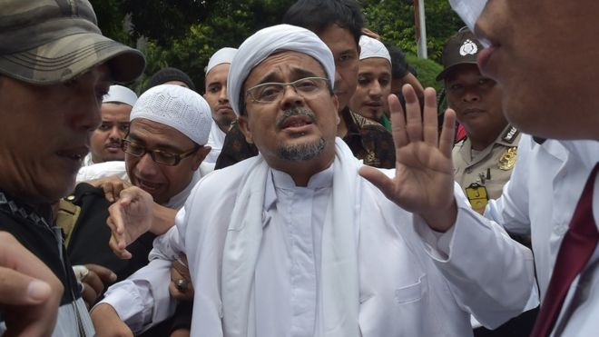 Pemimpin FPI Rizieq Shihab