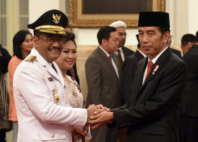 Presiden Jokowi lantik Djarot sebagai Gubernur DKI.