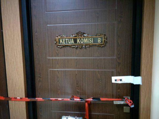 Ruangan Ketua Komisi B Disegel oleh pihak KPK