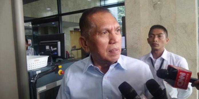 Mantan Ketua Komisi II DPR, Chairuman Harahap, di Gedung KPK Jakarta