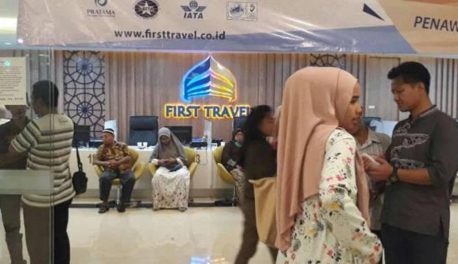 Kantor Cabang First Travel di GKM Green Tower, Jakarta (01/08/2017)