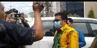 Direktur PDAM Bandarmasih Muslih, Ketua DPRD Kota Banjarmasin Iwan Rusmali