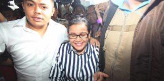 Miryam S Haryani terdakwa kasus pemberi keterangan palsu pada persidangan,