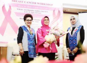 Nawacita.co -Foto Ibu Fatma Workshop Rotary Pencegahan Kanker 2
