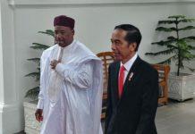 Presiden Jokowi menerima kunjungan kenegaraan Presiden Niger Issofou di Istana Merdeka.