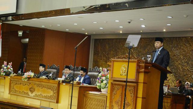 Ketua DPR Setya Novanto menyampaikan Laporan Kinerja DPR RI Tahun Sidang 2016-2017 pada rapat paripurna di gedung DPR, Senayan, Jakarta, Selasa (29/8).