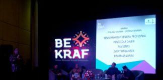 Tampak Suasana Para Pelaku Ekonomi Kteatif BFC Mengikuti Acara Seminar Mengangkat Topik Seni Pertunjukan dan Aplikasi di Hotel Santika Lt.5 Premier Gubeng Surabaya, Jumat (10/11/2017)