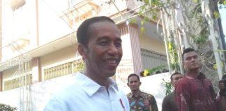 Presiden Jokowi di Lanud Halim Perdanakusuma, Jakarta Timur, Jumat (10/11/2017).
