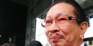 Mantan Anggota DPR RI periode 2009-2013 Taufiq Effendi usai diperiksa sebagai saksi terkait kasus