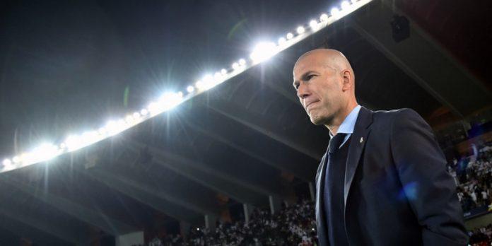 Pelatih Zinedine Zidane saat mendampingi Real Madrid