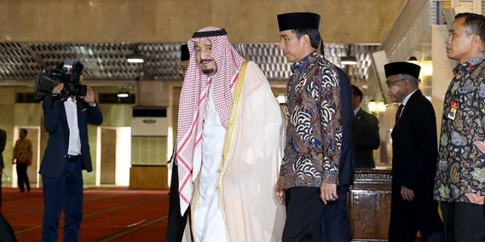 Raja Salman bin Abdulaziz saat bertandang ke Masjid Raya Istiqlal Jakarta.