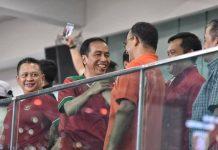 Anies Baswedan Gubernur DKI dan Joko Widodo Presiden saat menyaksikan pertandingan Piala Presiden 2018.