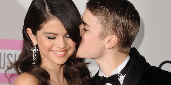 Selena Gomez dan Justin Bieber.