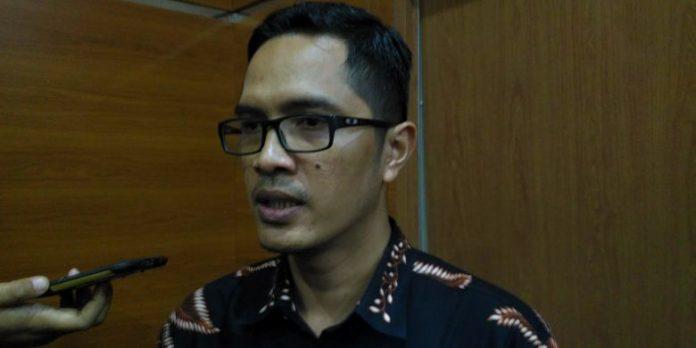 Juru Bicara KPK Febri Diansyah saat dikonfirmasi, Jumat (13/4).