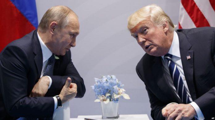 Pertemuan Antara Presiden Amerika Serikat Donald Trump dan Presiden Russia Vladimir Putin