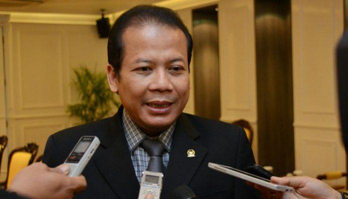 Wakil Ketua Umum DPP PAN Taufik Kurniawan