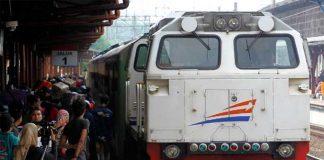 Suasana Saat di Stasiun Kereta Daop 4 Semarang