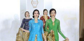Danar Hadi baru saja meluncurkan koleksi busana terbarunya untuk menyempurnakan tampilan Anda selama Ramadan.