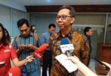 Anggota Dewan Komisioner bidang Edukasi dan Perlindungan Konsumen OJK, Tirta Segara