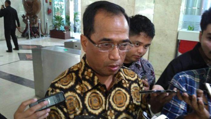 Menteri Perhubungan Budi Karya Sumadi di Kantor Kementerian Perhubungan