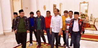 Presiden Jokowi Saat Bertemu Dengan Sekjen 9 Parpol