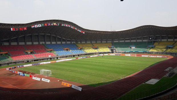 Stadion Patriot Candrabaga