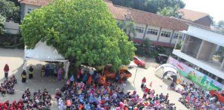Suasana pelatihan kesiapsiagaan bencana yang diadakan oleh Sekolah Islam Terpadu (SIT) Aulady.
