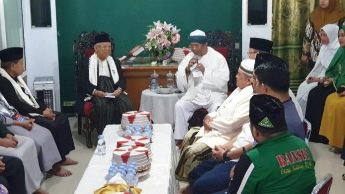 Kiai Maruf Amin di Makassar.