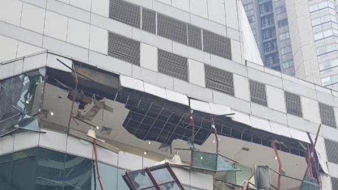 Ledakan di Mall Taman Anggrek.