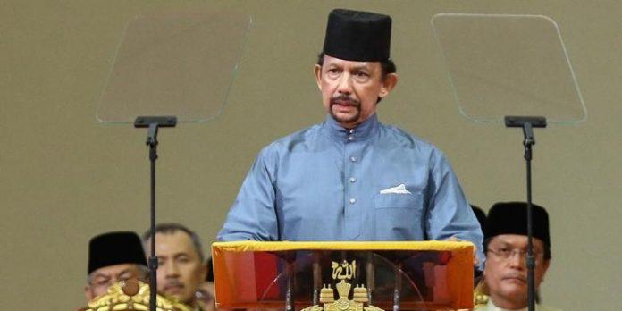 Sultan Hassanal Bolkiah dari Kerajaan Brunei Darussalam.