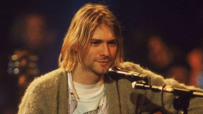 Vokalis Nirvana Kurt Cobain.