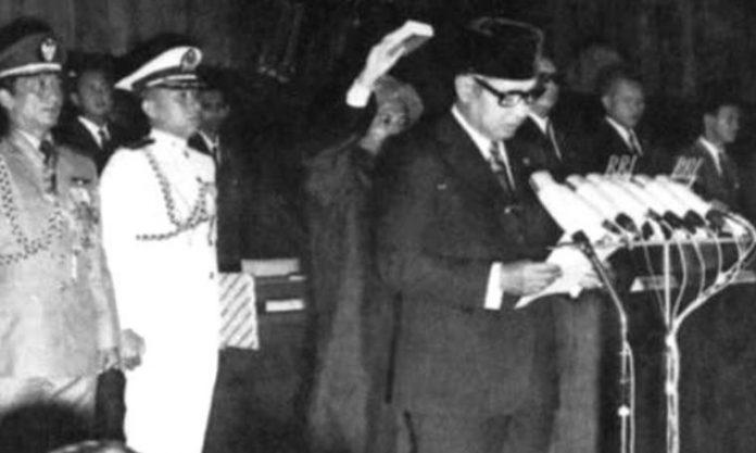 Soeharto Jadi Pejabat Presiden.