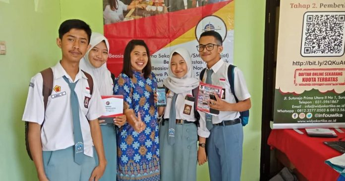 pameran pendidikan yang diselenggarakan oleh MGBK di 20 kota/kabupaten se-JawaTimur.