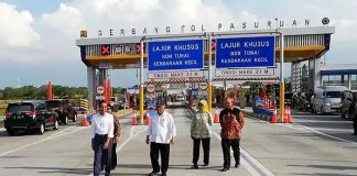 Joko Widodo Presiden meresmikan ruas Tol Pandaan-Malang seksi 1, 2, dan 3 yang digelar di Gerbang Singosari Kabupaten Malang, Senin (14/5/2019).
