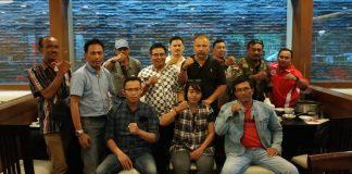 Sejumlah anggota DPW IMO Indonesia - Bali foto bersama usai Halal-bilhalal Idul Fitri