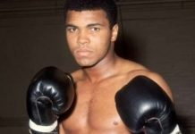 Petinju Legendaris Muhammad Ali.