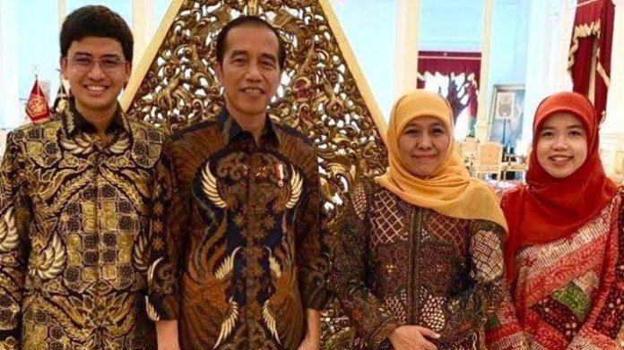 Presiden Jokowi Dan Gubernur Jawa Timur Khofifah.