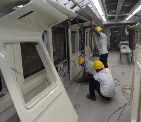 Industri Baja Lokal Sanggup Penuhi Kebutuhan Produksi Kereta INKA.