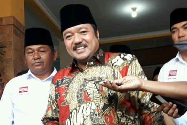 Ketua Badan Anggaran MPR yang juga Sekretaris Fraksi Partai Golkar MPR RI Idris Laena lakukan Sosialisasi Empat Pilar MPR di SMAN 15 Jakarta Utara.