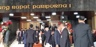 Wapres Amin dan Sandiaga Uno Menghadiri Sidang Tahunan MPR.
