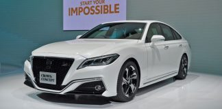 TOYOTA Crown Concept.