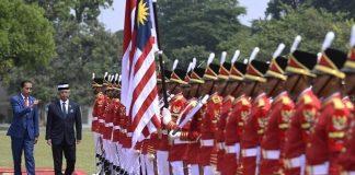 Presiden Jokowi Sambut Raja Malaysia di Istana Bogor.