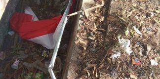 Viral Bendera Merah Putih dibuang ke Selokan.
