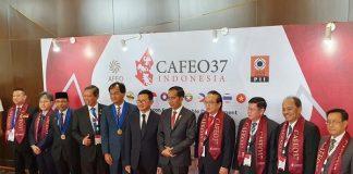 Jokowi Raih Penghargaan Tertinggi Insinyur ASEAN.