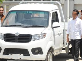 Jokowi Yakin Mobil Esemka Laris Manis Karena Murah dan Berkualitas.
