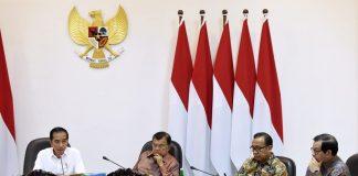 Presiden Jokowi Bahas Langkah Antisipasi Perlambatan Ekonomi Global.