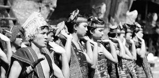 Suku Batak.