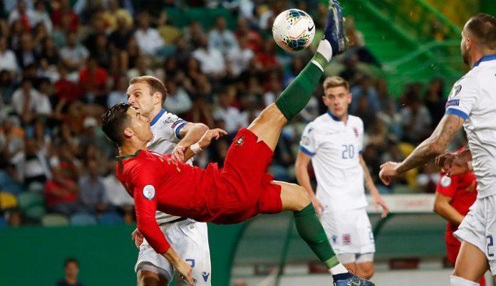 Penyerang timnas Portugal Cristiano Ronaldo.
