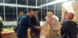 Calon Anggota Legislatif (Caleg) DPR asal Partai Gerindra, Raden Terry Tantri Wulansari atau Mulan Jameela hari ini dilantik sebagai Anggota DPR periode 2019-2024.