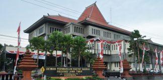 Gedung DPRD Jatim.